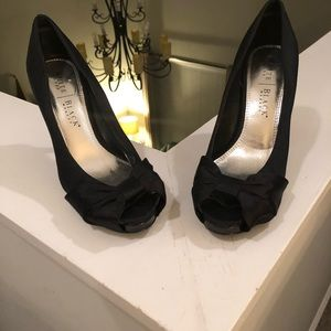 Used White House Black Market Heels/shoes